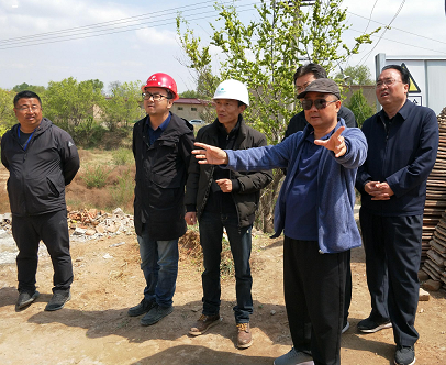 唐省长视察榆中西坡民宿工程项目工地