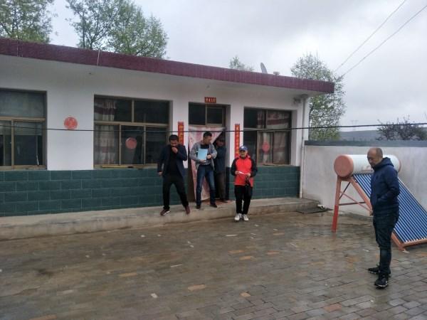 市住建局对榆中县、永登县已脱贫户危房改造工作开展复验检查
